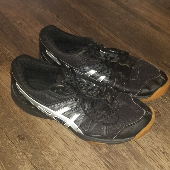 Asics Shoes - ASICS women's Gel Upcourt volleyball shoes size 9